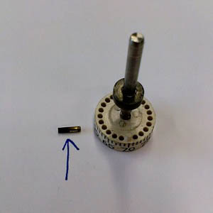 T-4002-5003 Restricted adustment pin